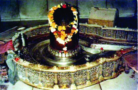 Trip To Indore-Ujjain-Onkareshwar-Mandu-Maheshwar